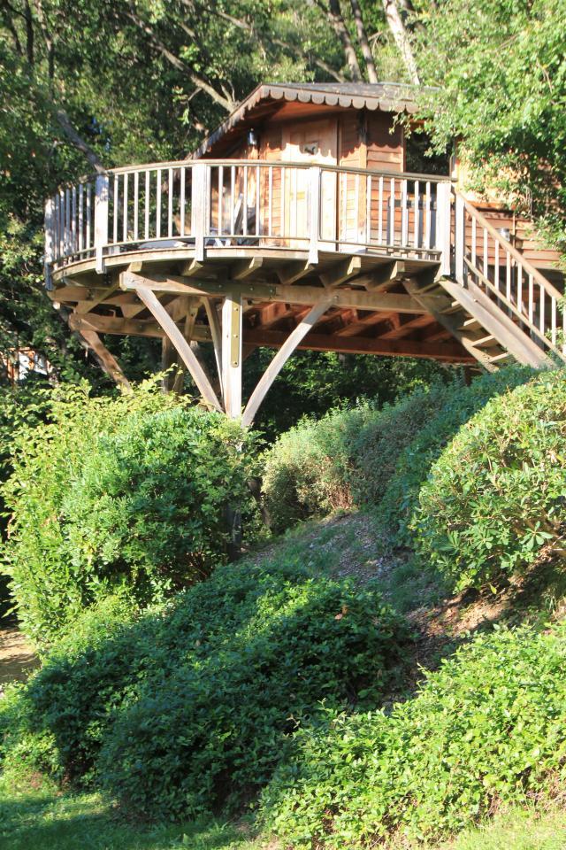 Cabane dans les arbres pour 2 5 personnes saint paul saint paul de vence vacances - Cabane de jardin fait maison saint paul ...
